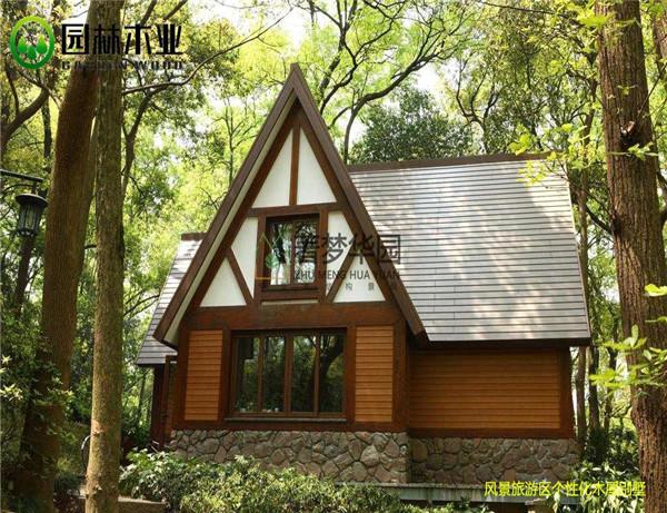 木结构小木屋